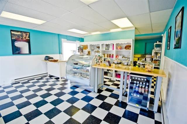 rp_bakery-inside.jpg