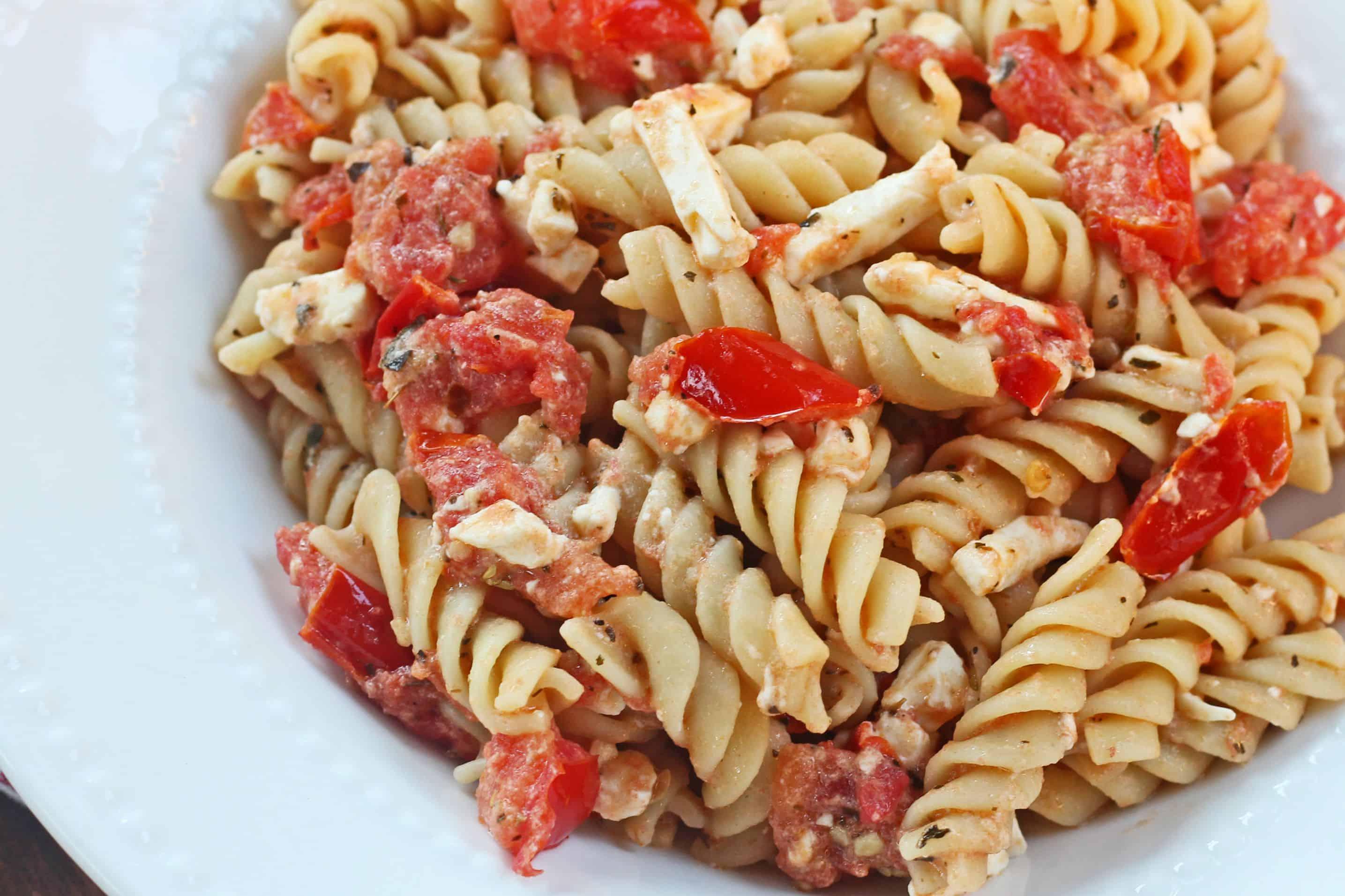 salad recipe Meatballs with pasta tomato soup recipe Pasta tomato feta ...