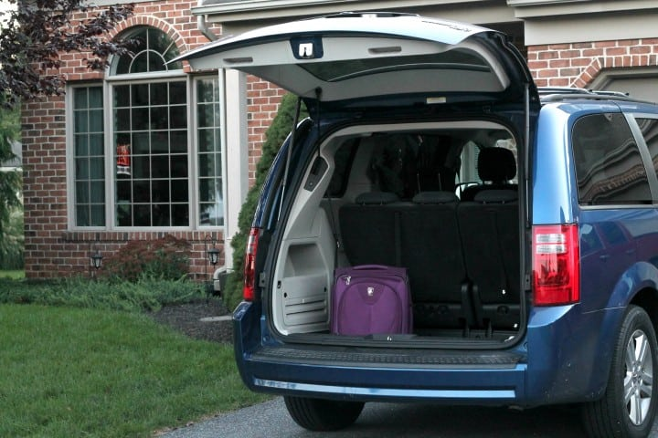 how to prep your house before you leave on vacation