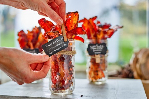how to create a bacon bar with free printable labels