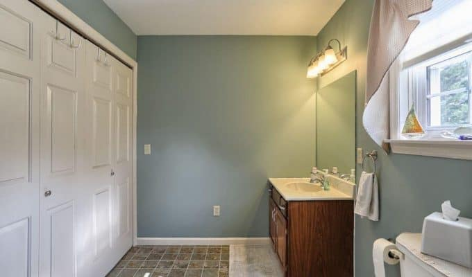 Bathroom Laundry Room Makeover- $100 Room Challenge