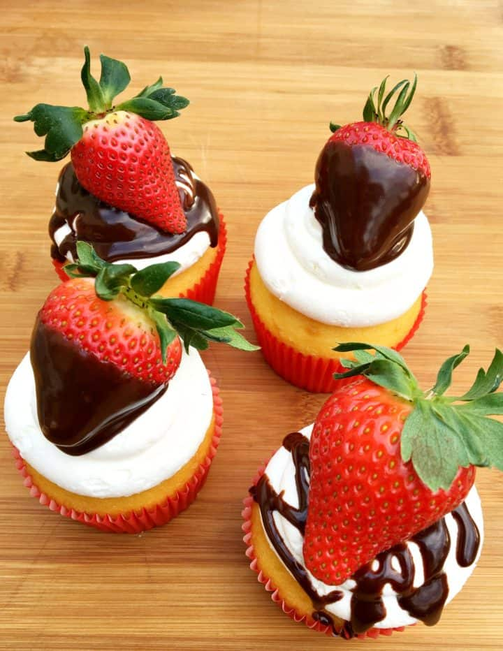 Chocolate Covered Strawberry Cupcakes Recipe for Valentine's Day