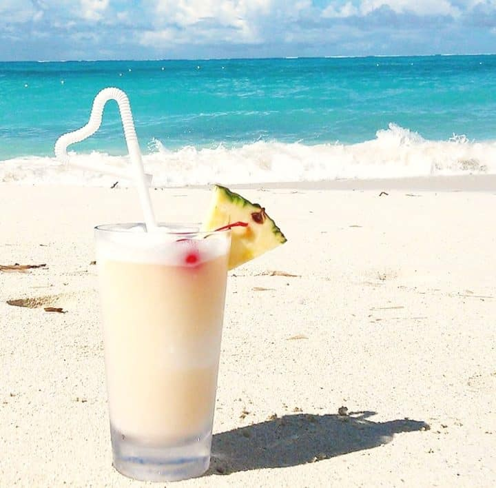 unlimited food and drinks at Beaches Negril