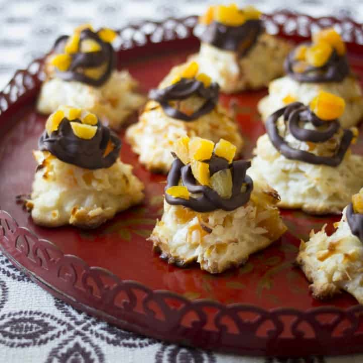 Apricot studded Macaroons
