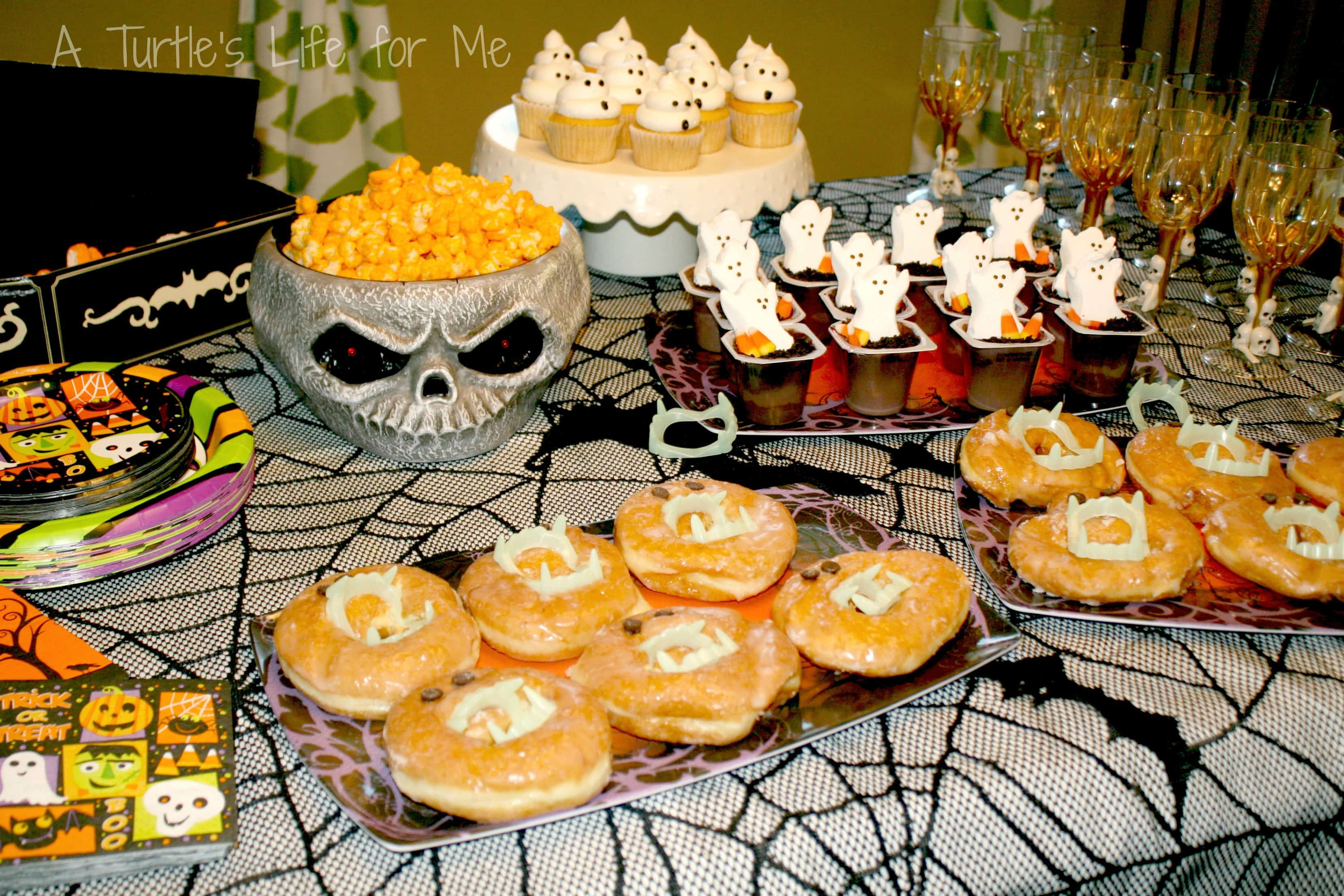 easiest kids halloween party ever a turtle s life for me halloween birthday party dessert table wm