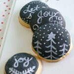 Holiday Chalkboard Sugar Cookies