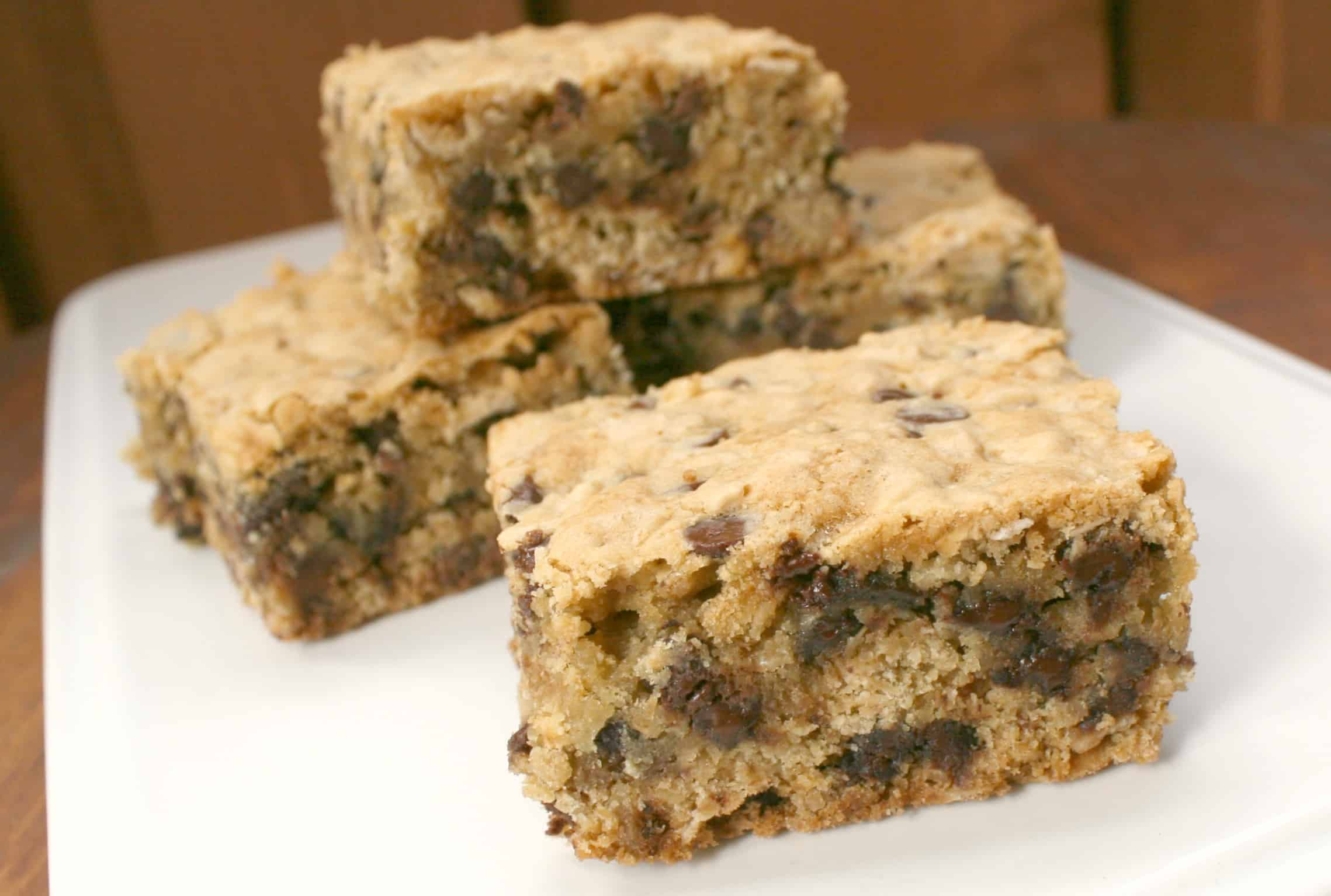 Oatmeal Chocolate Chip Cookie Bars - A Turtle's Life for Me