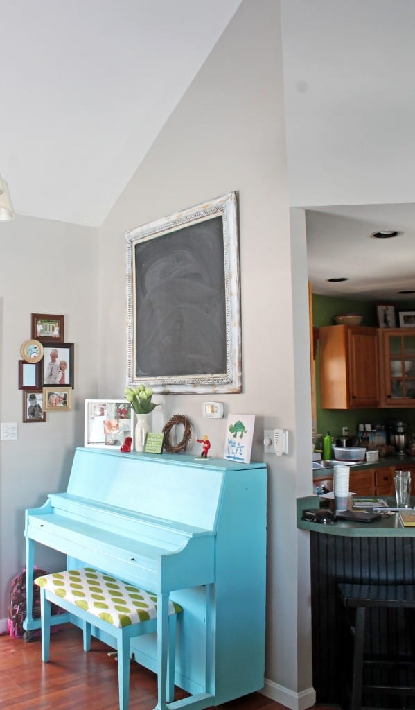piano and kitchen wall in worldly gray