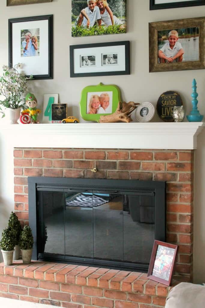 This is an EASY and CHEAP way to save money on your energy bill all year long! Your fireplace is the biggest loss of hot air in the winter and cold air in the summer, so why not plug it up?! Such a simple idea!