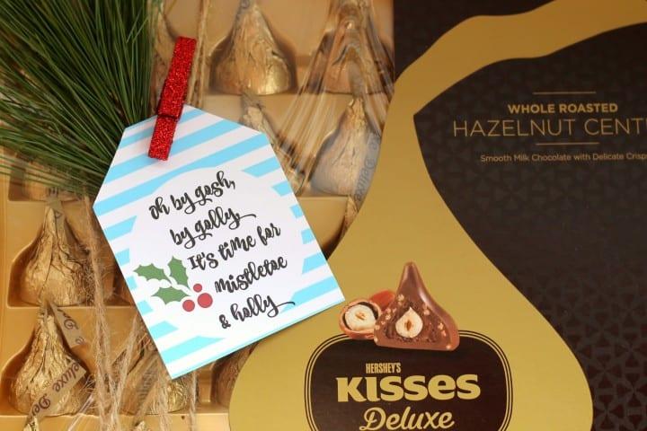 Kisses printable mistletoe tag