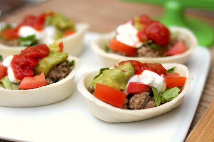 mini taco boats- these are perfect finger food for football parties!