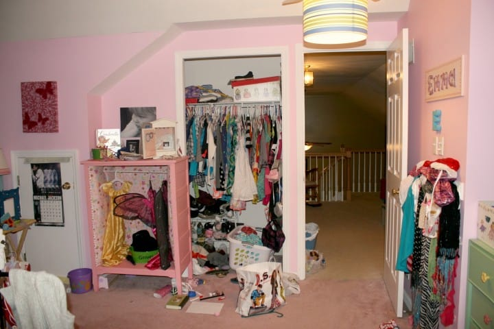 girl's pink bedroom closet