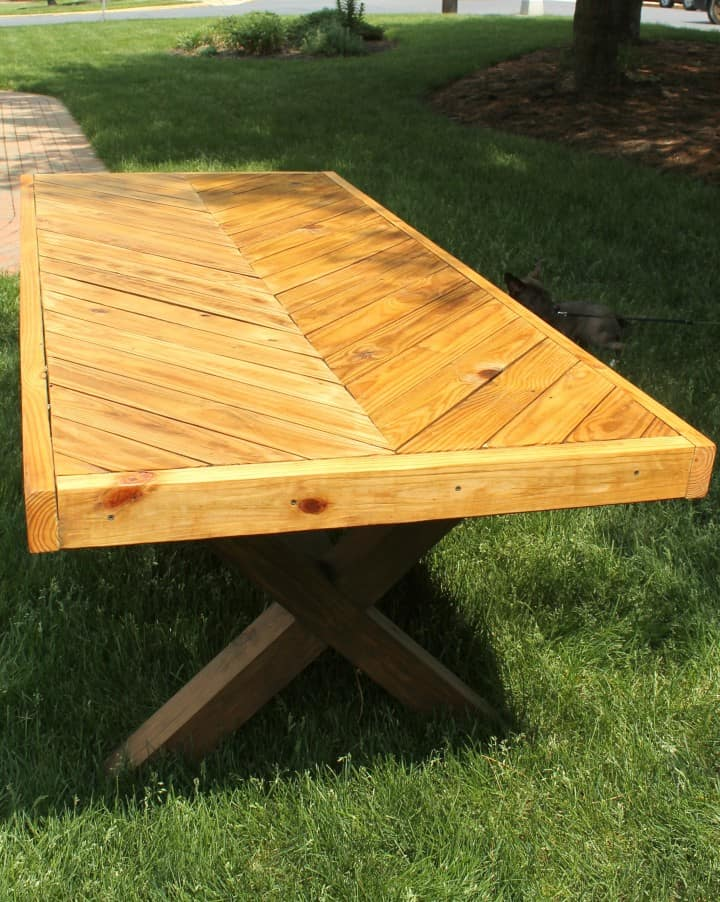 Diy Herringbone Picnic Table Build