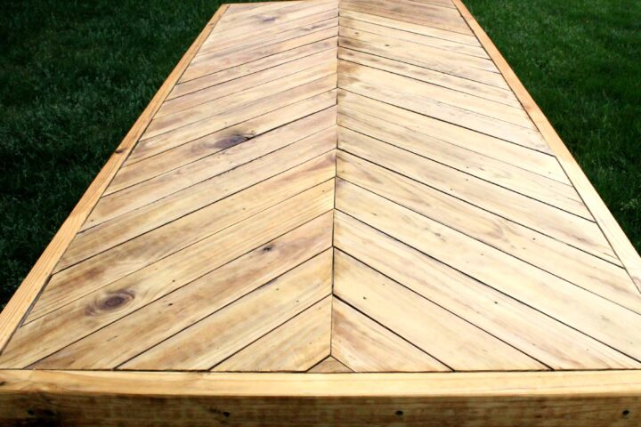 herringbone picnic table