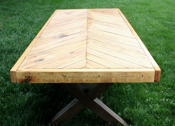 herringbone picnic table diy