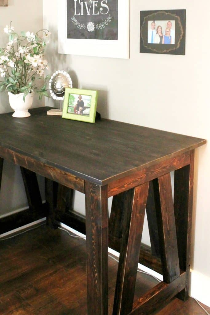 DIY desk with wood stain