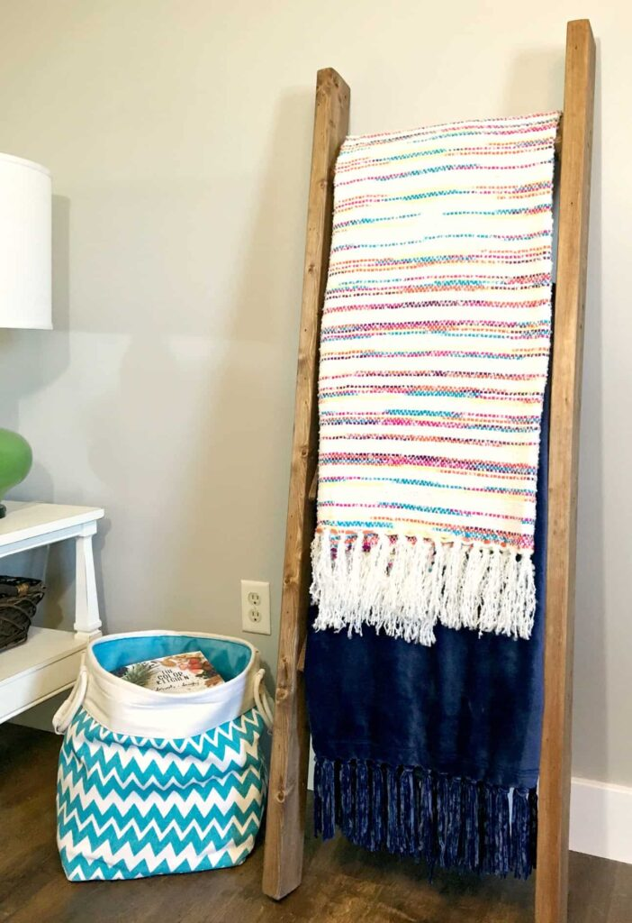 You can make this DIY Blanket Ladder for under $10 with nothing but straight cuts! Great for a beginner!