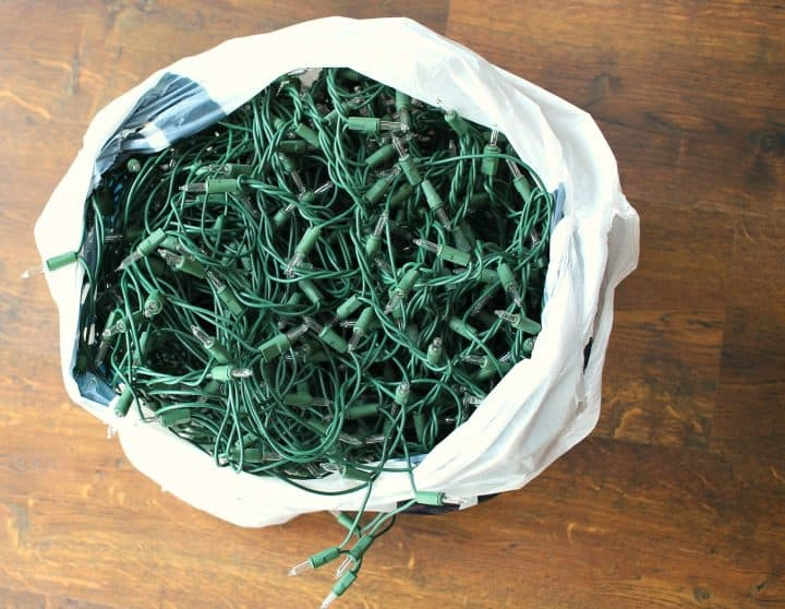 christmas-lights-in-a-tangle
