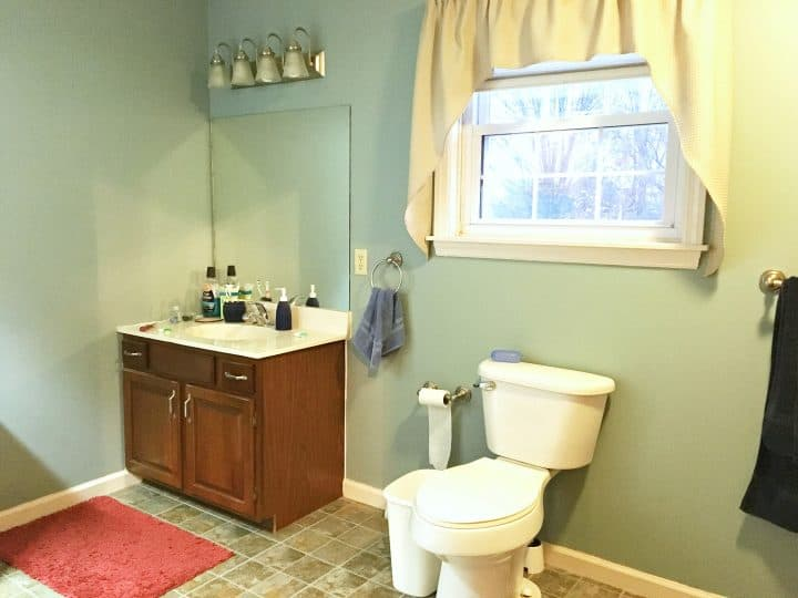 kids-bathroom-before