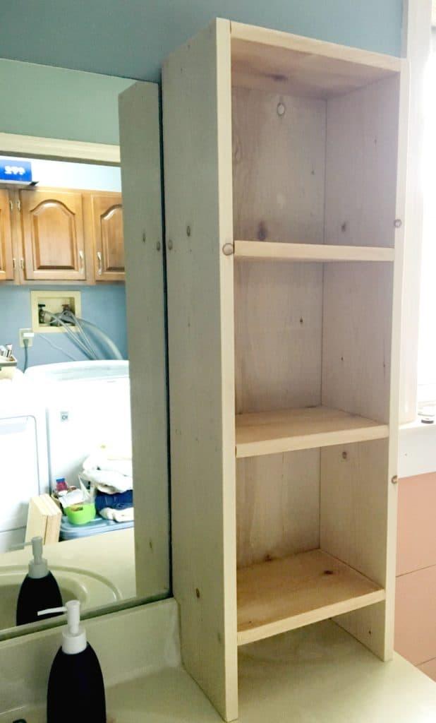 DIY wooden shelf for bathroom
