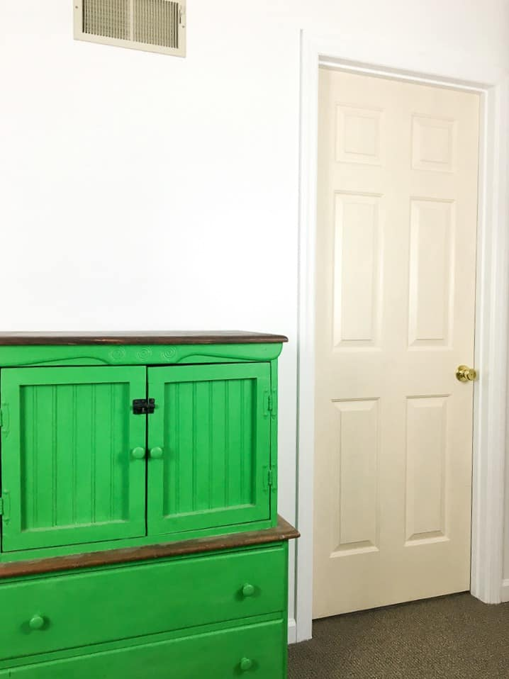 Painting Interior Doors - A Turtle\'s Life for Me