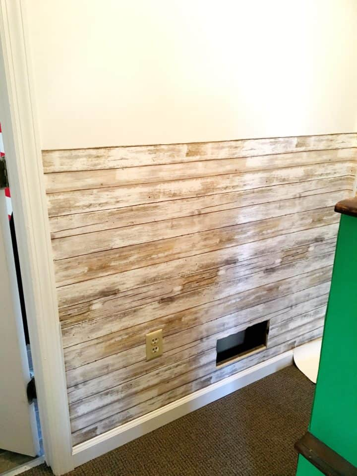 how to apply removable vinyl wallpaper
