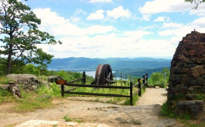 Free-things-to-do-in-Lake-George-Mount-Prospect-Hike