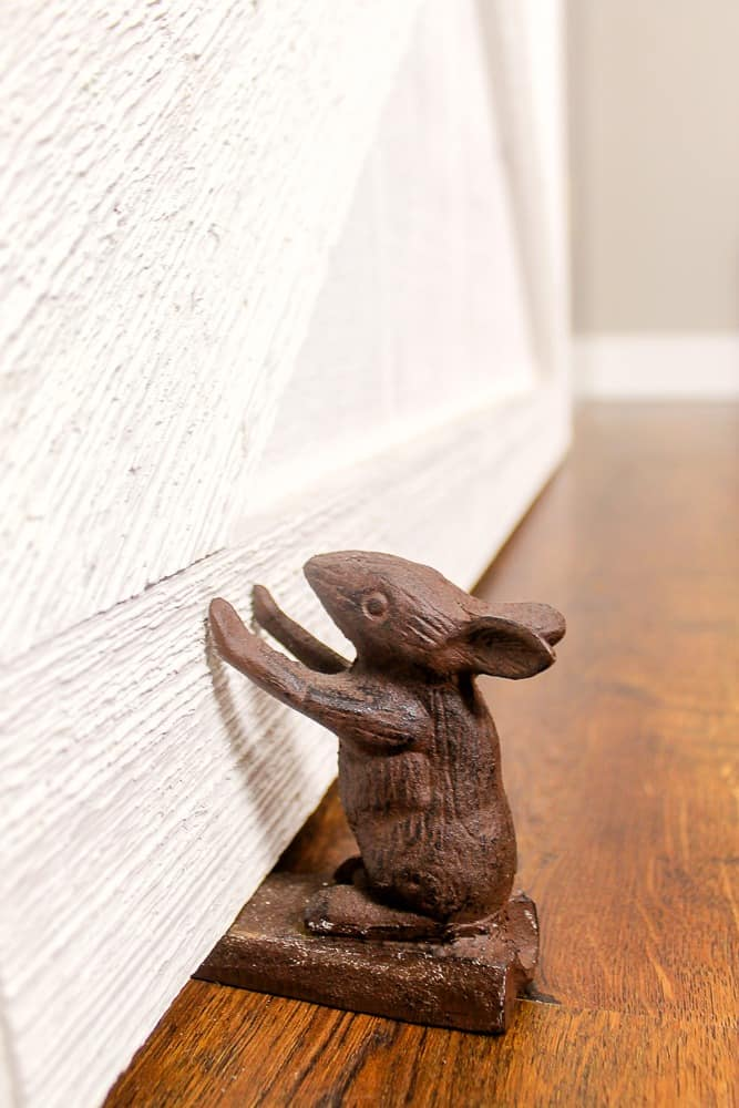 cast iron animal door stopper_