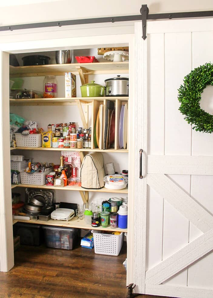 how to build a barn door for pantry