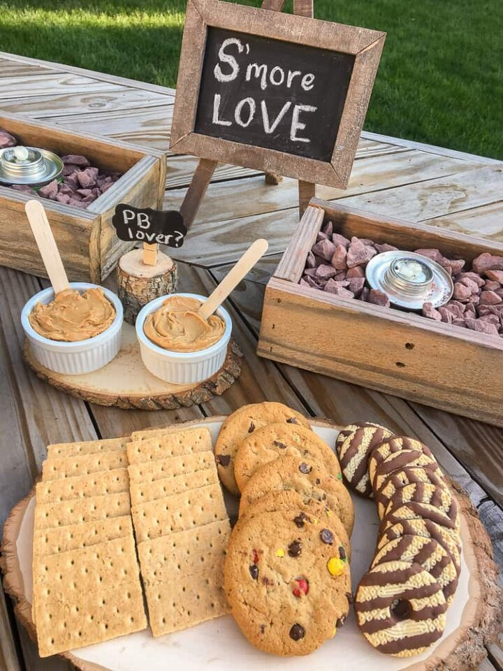 how to build a custom s'mores bar