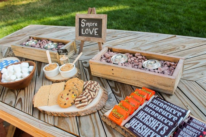 how to create a s'mores bar