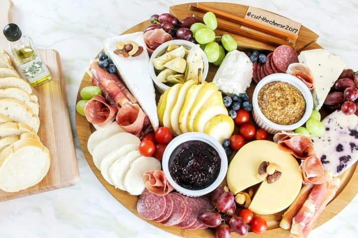 how to build bread charcuterie platter