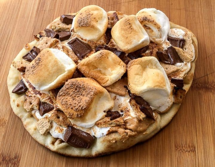 Peanut butter Marshmallow s'mores pizza recipe for the grill
