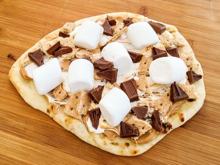 Peanut butter s'mores pizza recipe