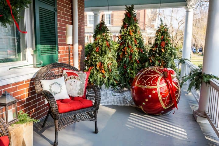 Christmas Holiday Homes Tour Frederick MD
