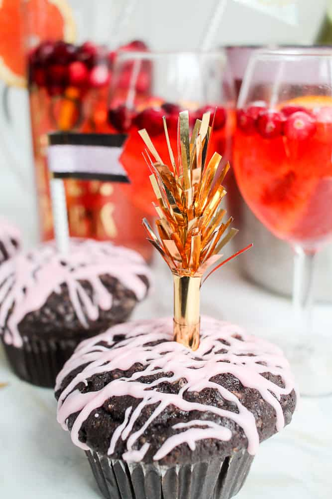 New Year's Eve DIY cupcake toppers_