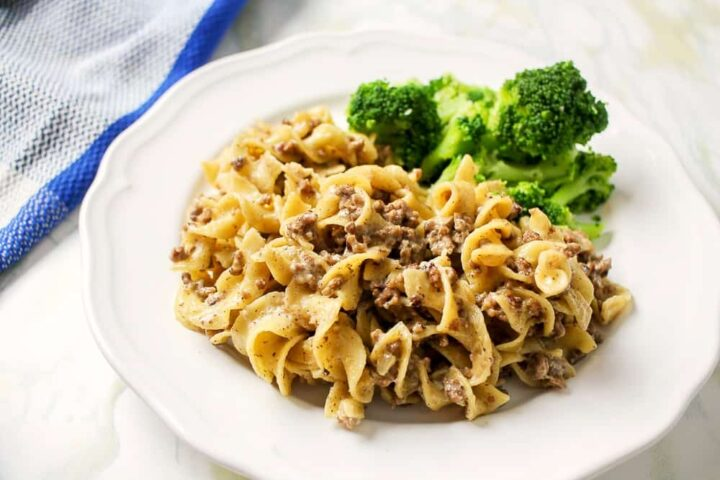 Beef Stroganoff with egg noodles in instant pot