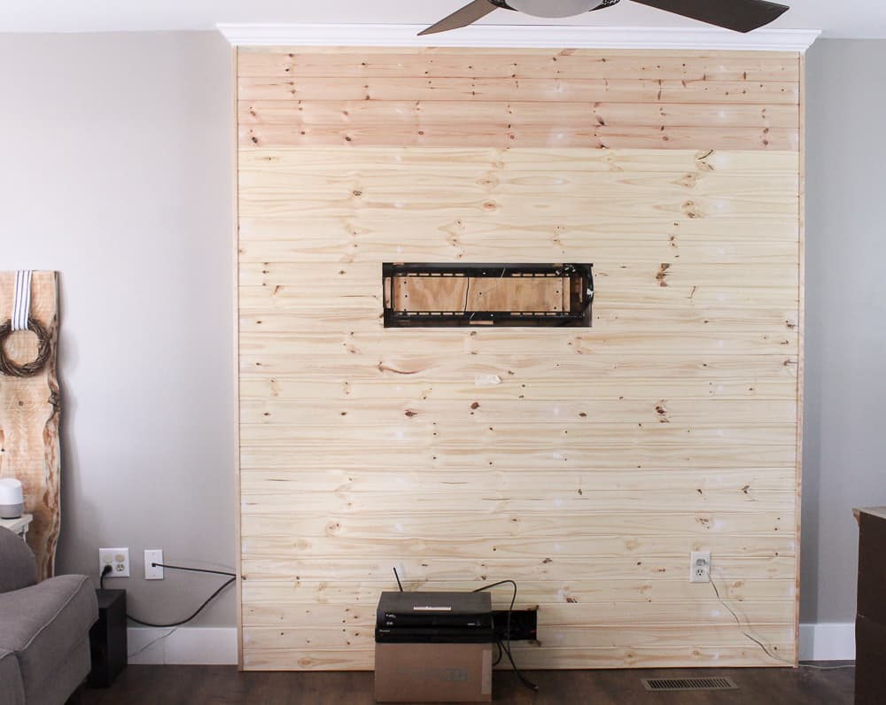 Directions to build a pallet accent wall