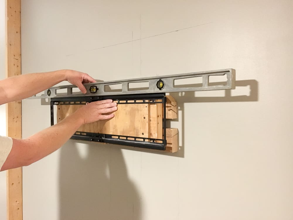 leveling the TV mount