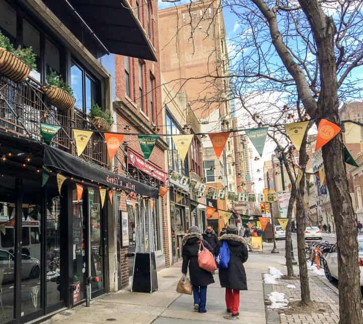 Philadelphia Rittenhouse Square Homeaway vacation rental restaurants