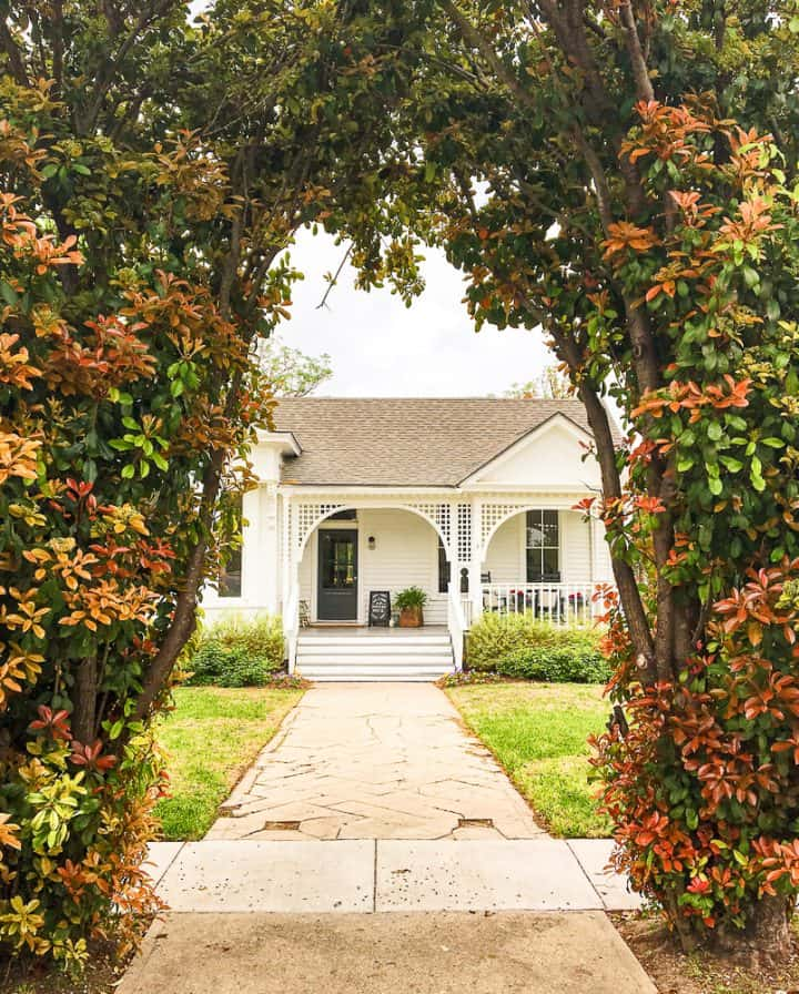 The Morrow House Waco Texas Fixer Upper air bnb vacation rental