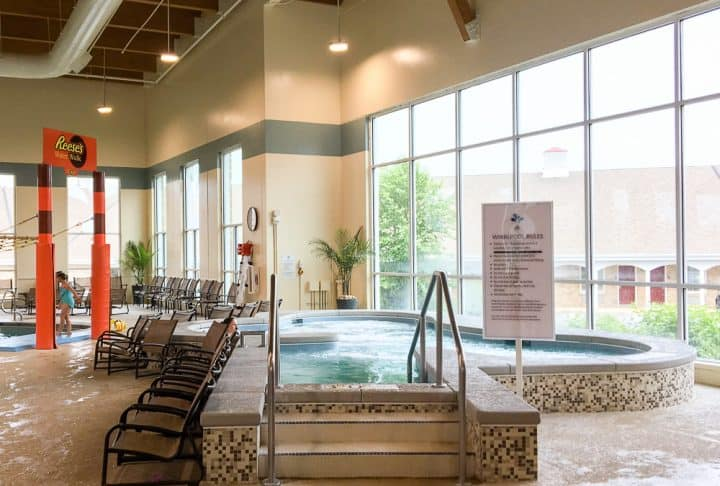 Hershey Lodge indoor hot tub spa
