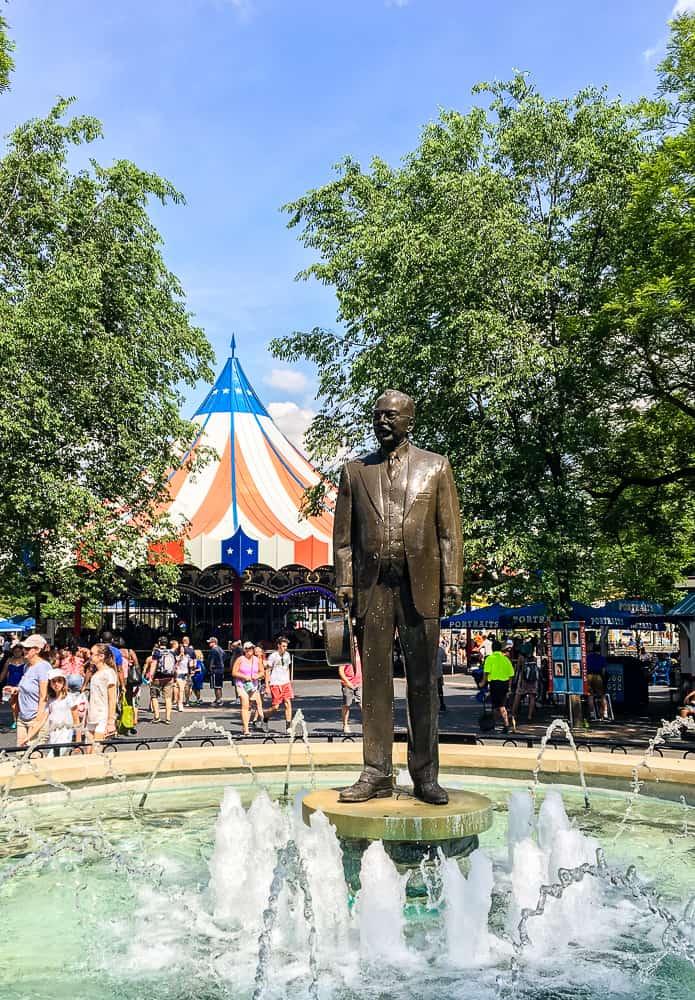 Hersheypark Milton Hershey statue fountain