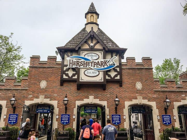 Hersheypark entrance gate