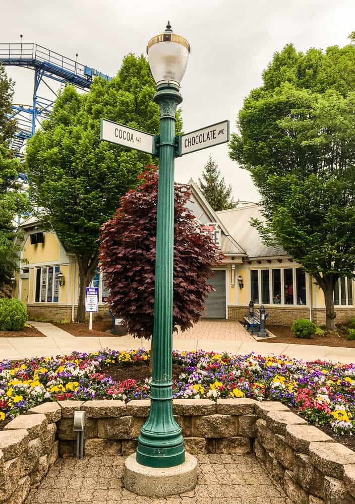 Hersheypark street signs