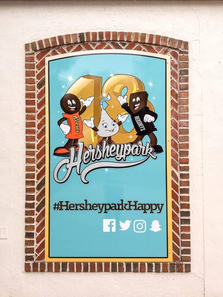 Hersheypark wall murals