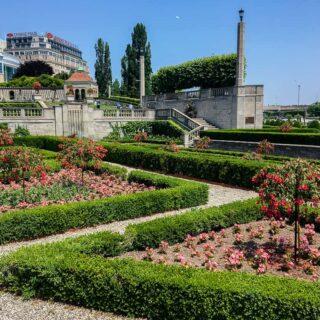 Queen Victoria Gardens Niagara Falls Canada