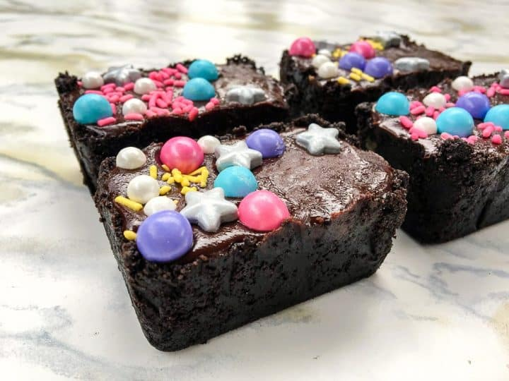 Caramel filled mini ganache candy bar unicorn party