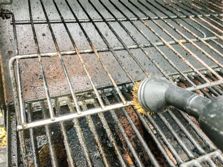 How to clean a grill with a steam machine-11