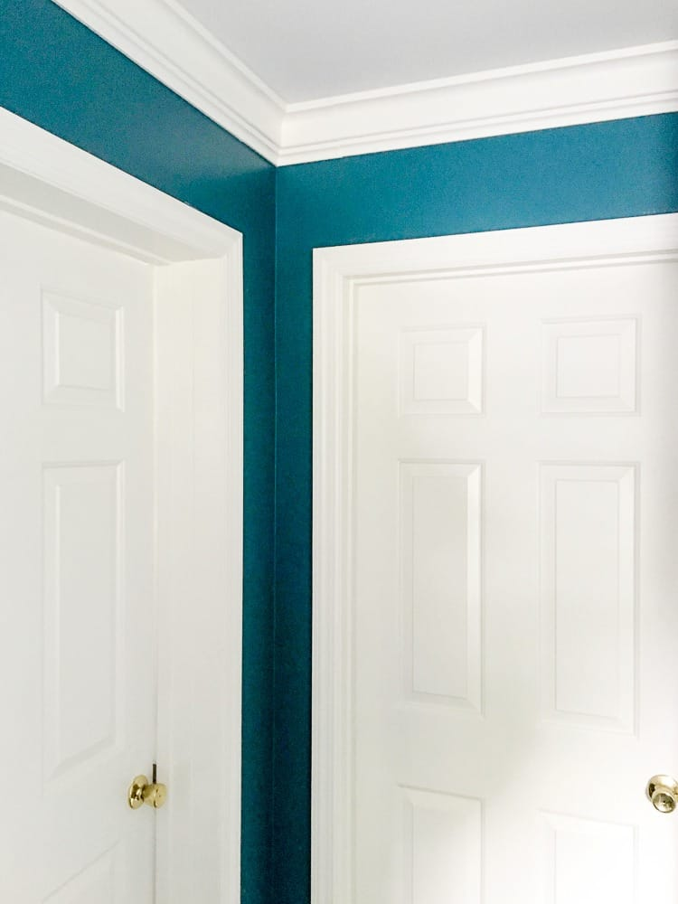 Updating A Room With Crown Molding Turtle S Life For Me